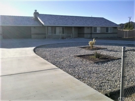 Single Family Residence, Ranch - Apple Valley, CA (photo 4)