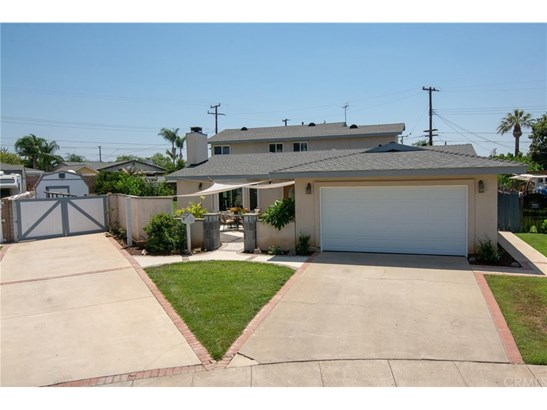 Single Family Residence - Orange, CA