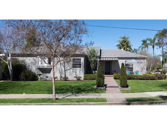 Single Family Residence - Santa Ana, CA (photo 2)