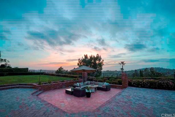 Single Family Residence - North Tustin, CA (photo 2)