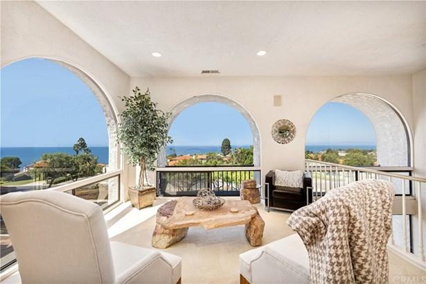 Mediterranean, Single Family Residence - Palos Verdes Estates, CA