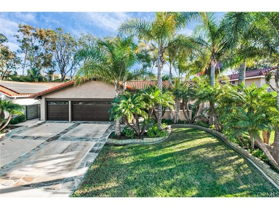 Single Family Residence - Anaheim Hills, CA