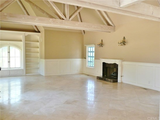 Single Family Residence, Traditional - Laguna Hills, CA (photo 4)