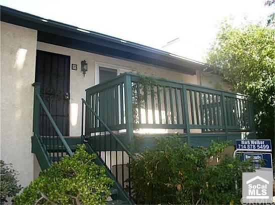 Condominium, Contemporary - Tustin, CA (photo 3)