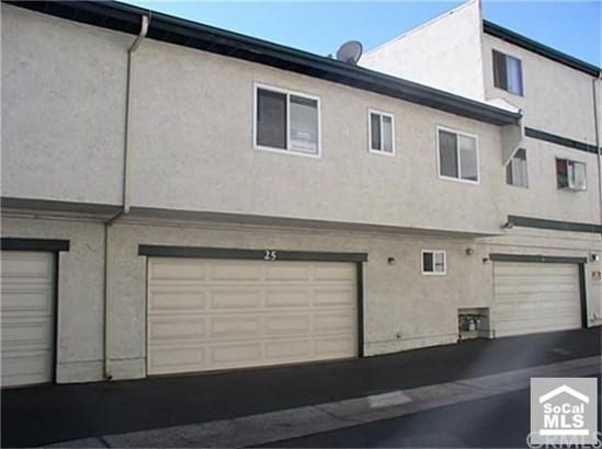 Condominium, Contemporary - Tustin, CA (photo 4)