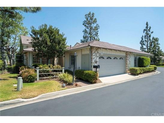 Tudor, Single Family Residence - North Tustin, CA (photo 1)