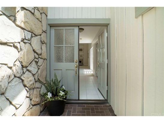 Tudor, Single Family Residence - North Tustin, CA (photo 4)