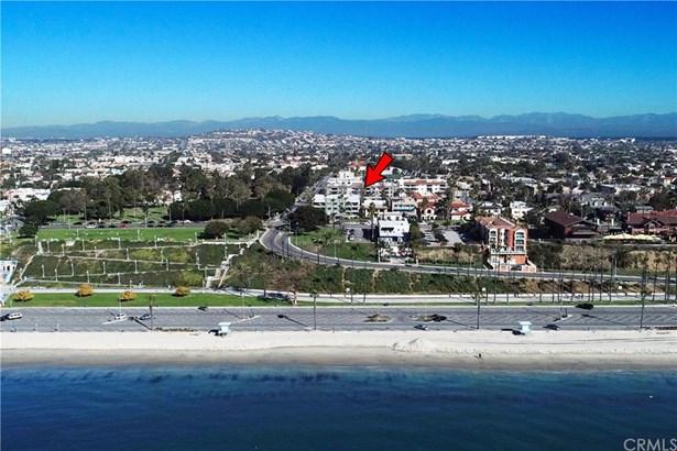 Condominium, Mid Century Modern - Long Beach, CA