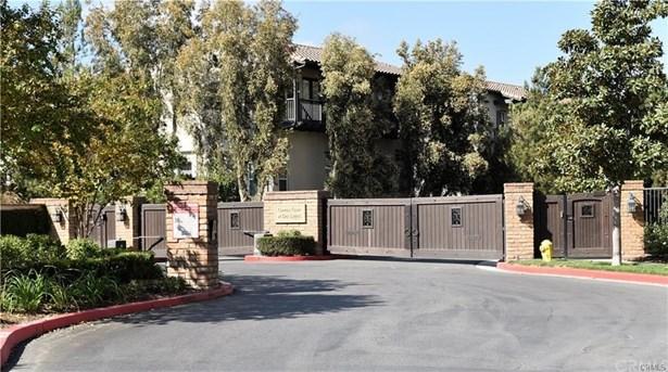 Mediterranean, Single Family Residence - Corona, CA (photo 3)
