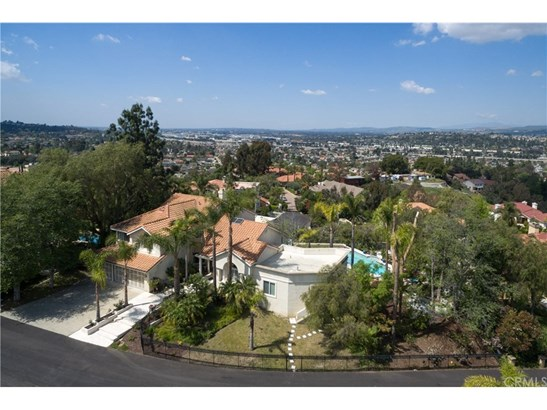 Single Family Residence, Contemporary - Anaheim Hills, CA (photo 5)