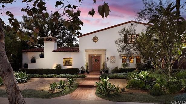 Single Family Residence, Mediterranean,Spanish - Santa Ana, CA