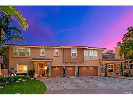 Single Family Residence, Contemporary,Custom Built - Huntington Beach, CA
