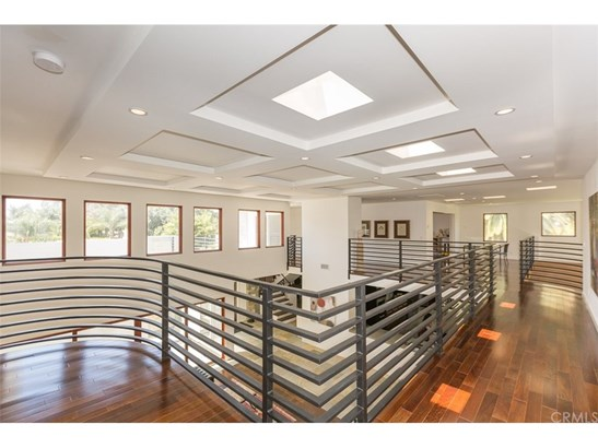 Contemporary,Modern, Single Family Residence - Anaheim Hills, CA (photo 5)