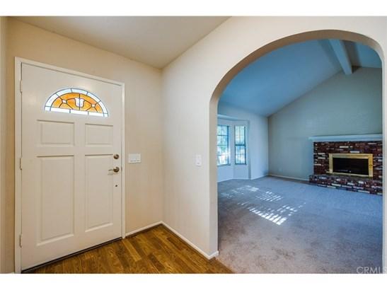 Single Family Residence, Traditional - Orange, CA (photo 4)