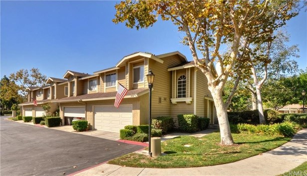 Townhouse - Lake Forest, CA