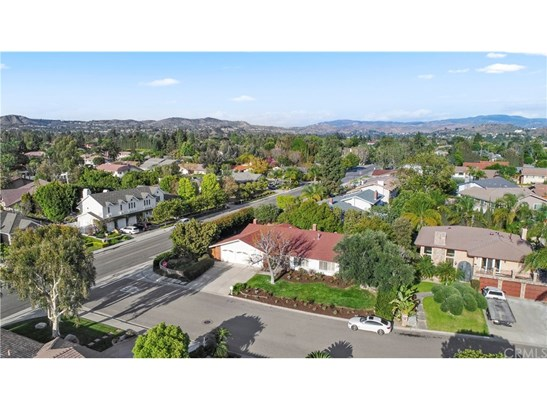 Single Family Residence, Traditional - Villa Park, CA (photo 3)