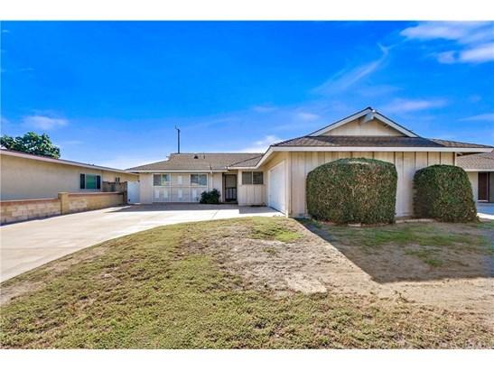 Single Family Residence, Ranch - Huntington Beach, CA (photo 1)