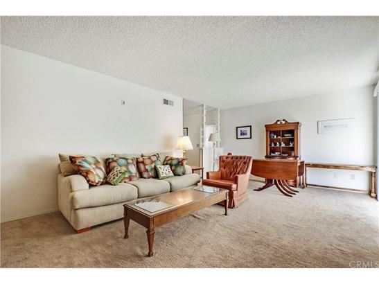 Single Family Residence, Ranch - Huntington Beach, CA (photo 3)