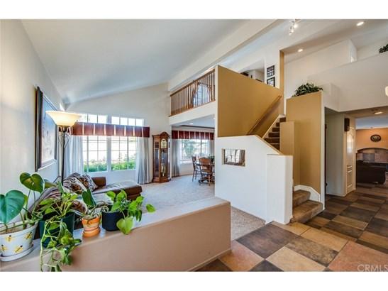 Single Family Residence - Corona, CA (photo 5)