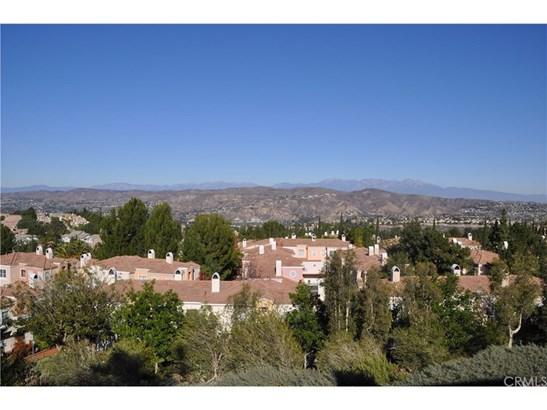 Condominium - Anaheim Hills, CA (photo 4)