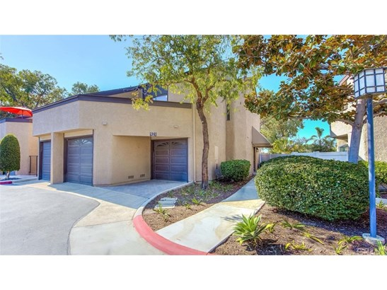 Townhouse - Costa Mesa, CA (photo 1)