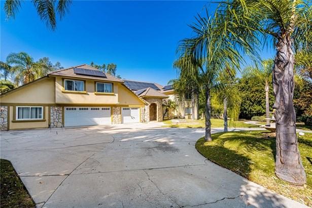 Single Family Residence - Anaheim Hills, CA