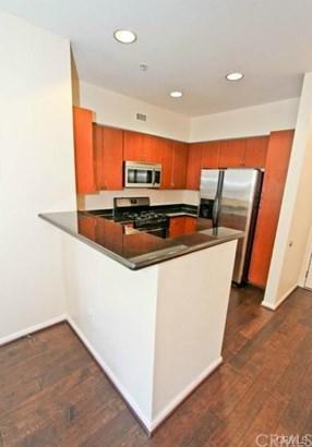 Condominium - Anaheim, CA (photo 3)