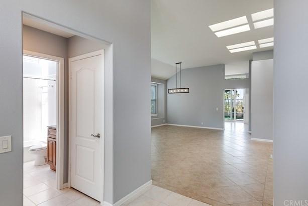 Single Family Residence - Mission Viejo, CA (photo 3)