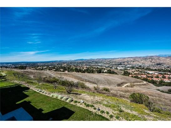 Condominium, Contemporary - Anaheim Hills, CA (photo 5)