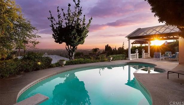 Single Family Residence, Custom Built - North Tustin, CA