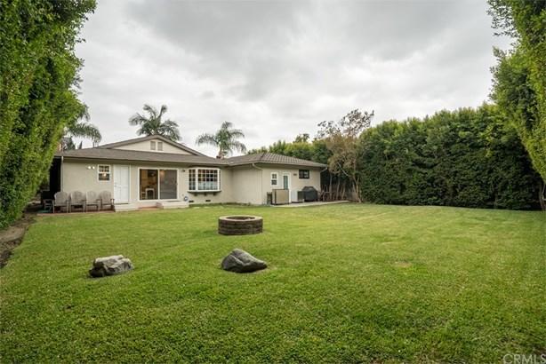 Single Family Residence, Ranch - Tustin, CA (photo 2)