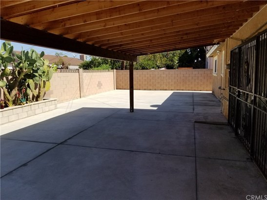 Single Family Residence, Ranch - Santa Ana, CA (photo 5)