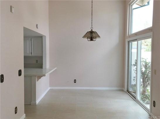 Condominium - Tustin, CA (photo 3)