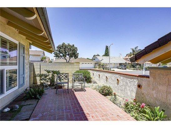 Single Family Residence, Colonial - Westminster, CA (photo 3)