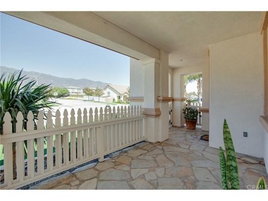 Single Family Residence, Contemporary - Rancho Cucamonga, CA