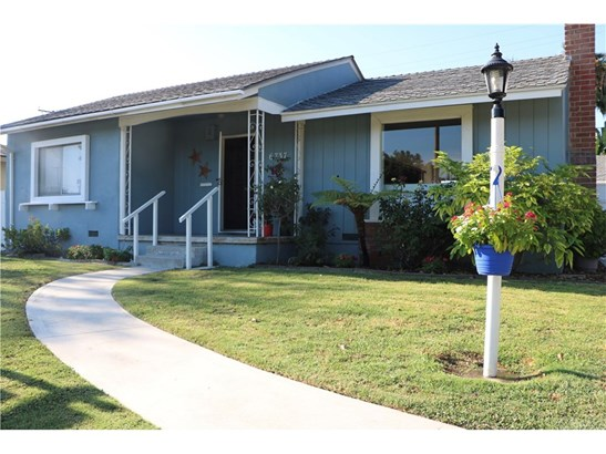 Single Family Residence, Cottage - Long Beach, CA (photo 1)