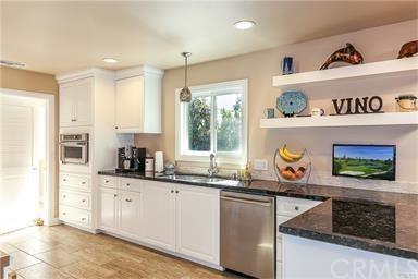 Contemporary,Custom Built,Traditional - Single Family Residence (photo 5)