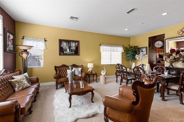 Single Family Residence - Jurupa Valley, CA