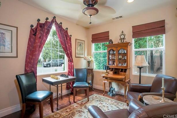 Single Family Residence, Cottage - Tustin, CA (photo 5)