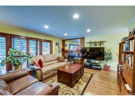 Condominium - Costa Mesa, CA (photo 4)