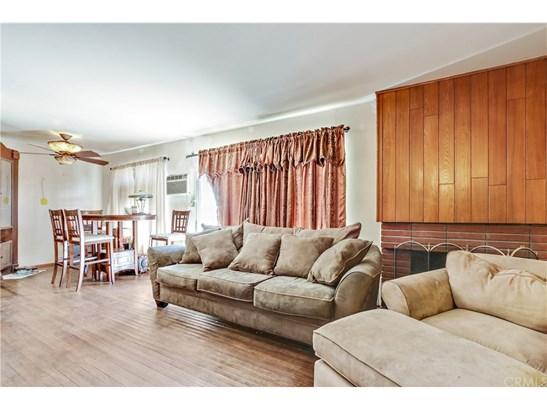 Single Family Residence, Ranch - Santa Ana, CA (photo 5)