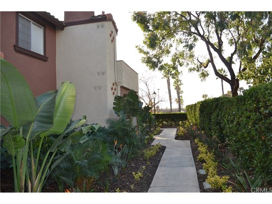Condominium - Rancho Santa Margarita, CA (photo 2)