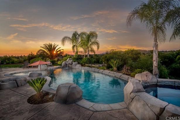 Single Family Residence, Spanish - Riverside, CA (photo 1)