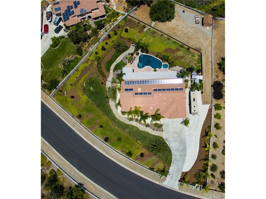 Single Family Residence, Spanish - Riverside, CA (photo 4)