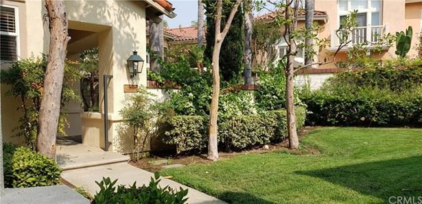 Condominium, Spanish - Tustin, CA