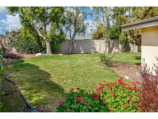 Single Family Residence - Tustin, CA (photo 4)