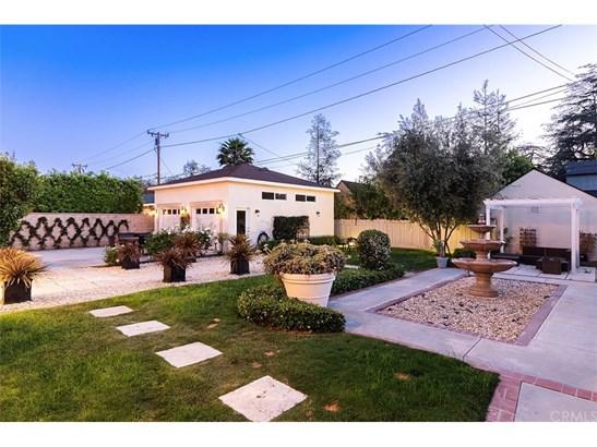 Custom Built,Georgian, Single Family Residence - Santa Ana, CA (photo 4)