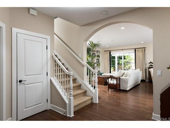 Cape Cod, Single Family Residence - Costa Mesa, CA (photo 5)