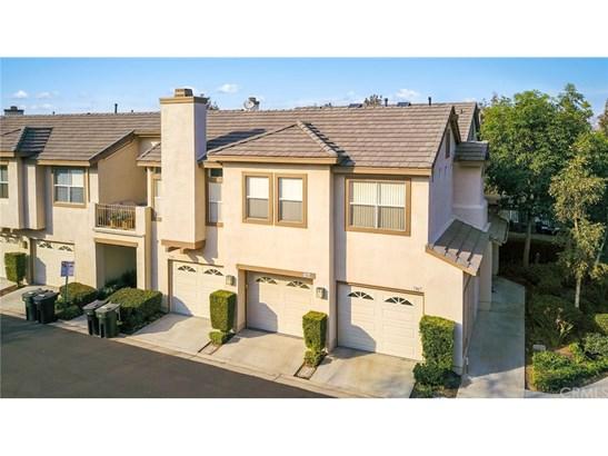 Townhouse - Anaheim Hills, CA (photo 2)