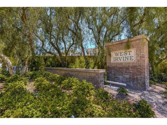 Single Family Residence - Irvine, CA (photo 2)